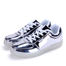 Led Luminous Shoes 2016 Casual Shoes Light Up Shoe for Adults High Quality Fashion LED Light 350 Shoes Men Breathable 7 Colors