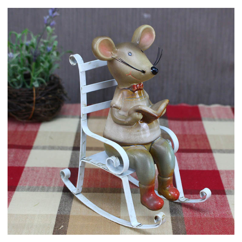 Brilliant Us 27 2 40 Off Europe Ceramic Cute Rocking Chair Couple Mouse Ornament Craft Creative Mouse Figurine Bookshelf Home Decoration Accessories Gift In Creativecarmelina Interior Chair Design Creativecarmelinacom