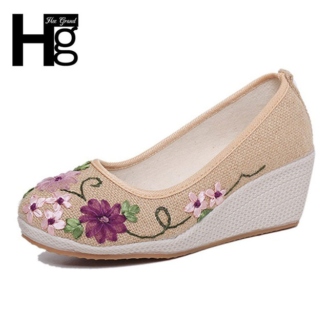 HEE GRAND 2017 Flower Women's Shoes New Autumn Old Beijing Fashion Casual Shoe For Woman Size 35-40 XWD5060
