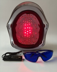 EU US PLUG 110 v-220 v haaruitval producten kaalheid haar groeit systeem 650nm laser cap helm voor koop