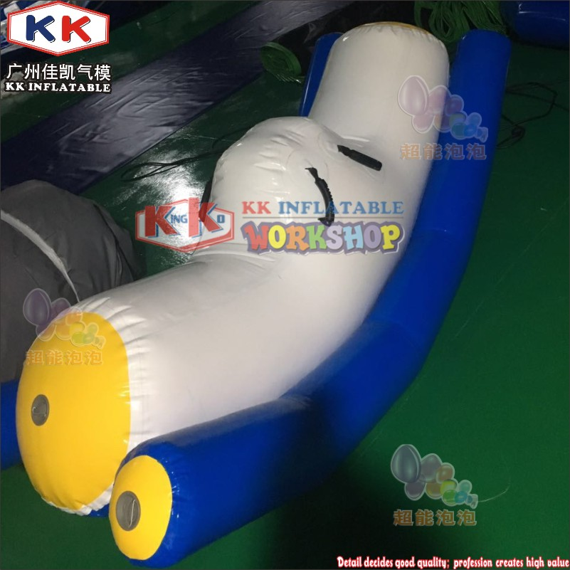 Swimming Pool 0.9mm PVC Tarpaulin Water Totter Inflatable Floating Water Seesaw For Kids And Adults