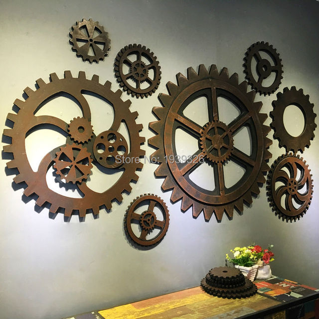 Retro old industrial style imitation metal wood gear bar coffee shop wall decoration creative wooden props wall hanging 30cm