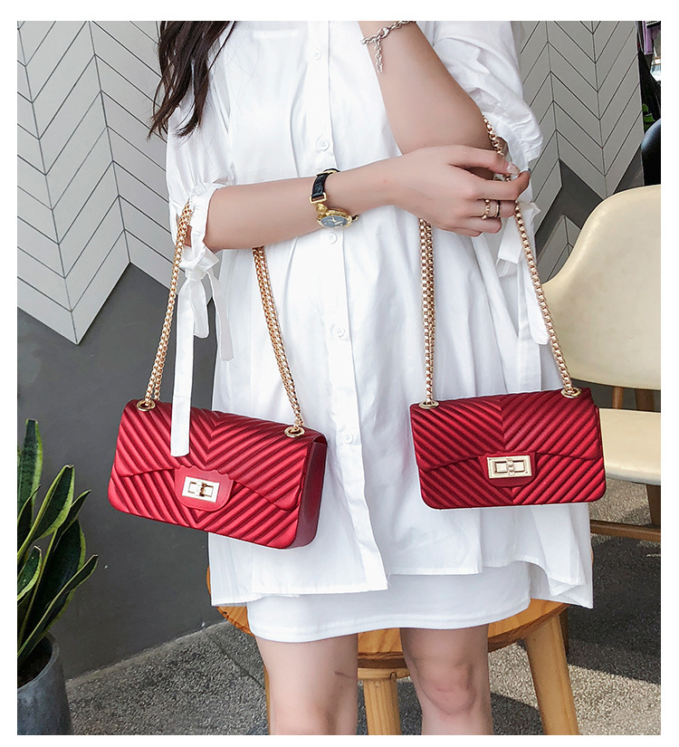 Image 2 - new Famous Brand Leather Messenger Bags Luxury Shoulder Bag Quilted Designer Handbags Women Bag Vintage Female Chain Jelly pack-in Top-Handle Bags from Luggage & Bags