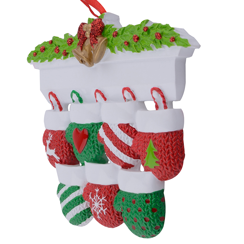 Mantel Gloves Family of 7 Polyresin Christmas Personalized Ornaments For Gifts Home Decoration in Pendant Drop Ornaments from Home Garden