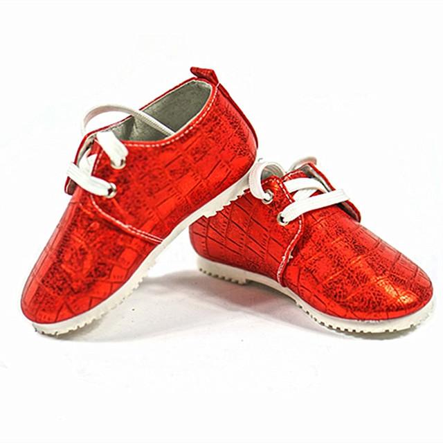 Novos mocassins de Couro Primeiros Caminhantes sapatos de Bebê Da Criança Do Bebê Anti-slip Sapatos Infantis de fundo 1-3 T Livre grátis