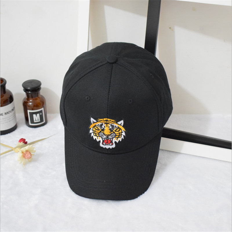 competitive price 1fbc7 9b3f5 2018 Tiger Embroidery Women s Baseball Hats Sunscreen Caps Bone Hip Hop Hats  Casual chapeau femme Fashion Accessories Sunhat-in Baseball Caps from  Apparel ...