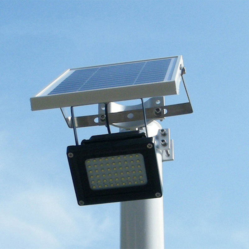 Waterproof Outdoor Solar Floodlight 54 LED Spotlight Focused Solar LED Flag  Light With Hardware For Flag