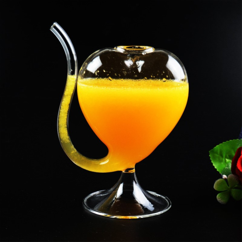 Creative Kawaii Heart Shape Wine Glass Cup With Straw 2PCS 200ML Goblet Glass Mug For Whiskey Juice Cocktail