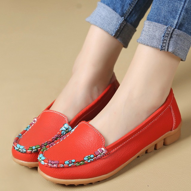 2017 New fashion women flat shoes Female Genuine Leather work shoes soft bottom comfortable Loafers Casual Driving shoes ML05