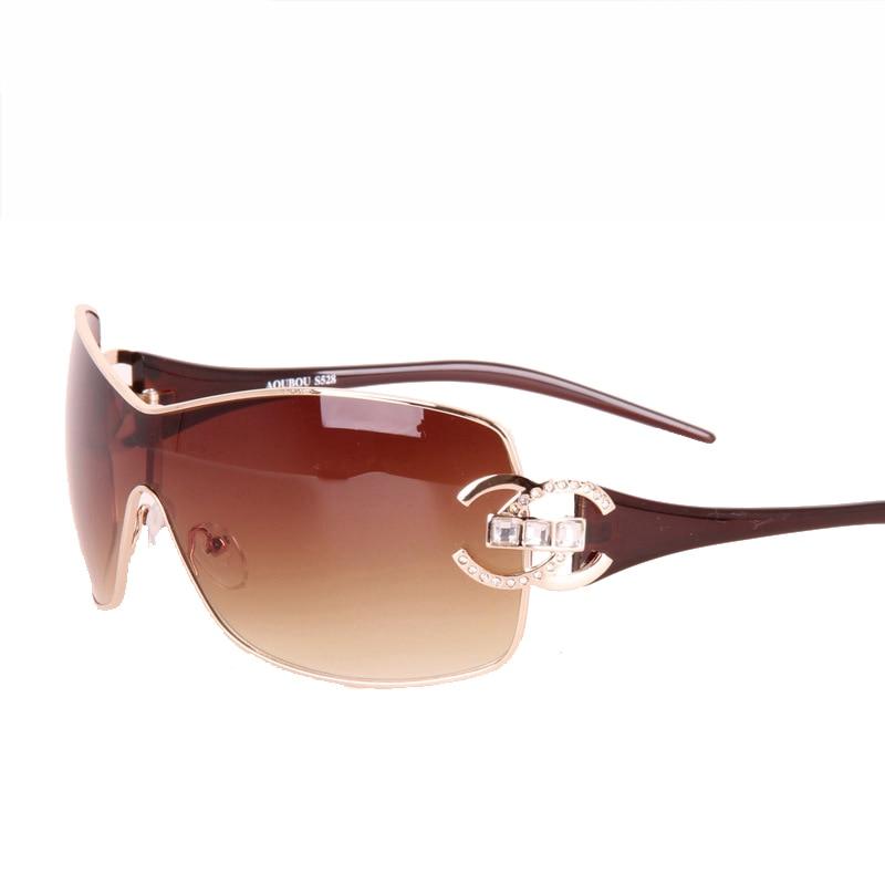 Moda 2018 gafas de sol de gran tamaño para mujeres gafas de sol de conducción gafas de sol de diamante mujer gafas de marco retro doradas