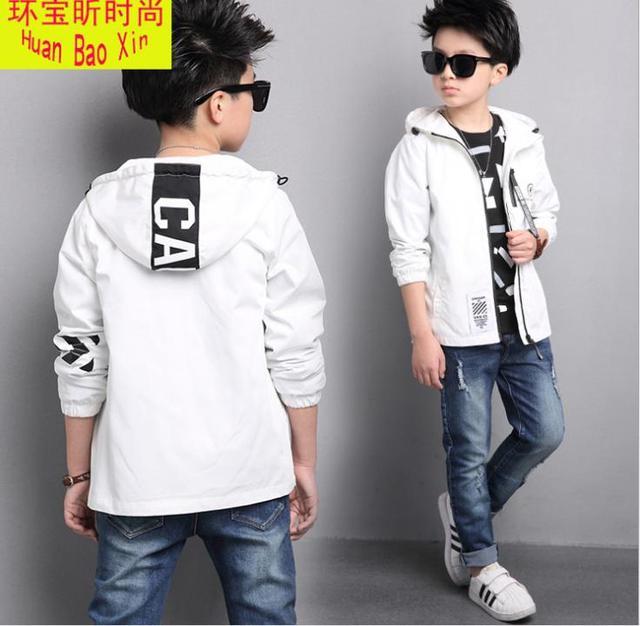 Новый стиль детская куртка с капюшоном куртка Chao fan, спереди средней полосы, молния Мальчик ветровка. детская одежда для мальчиков