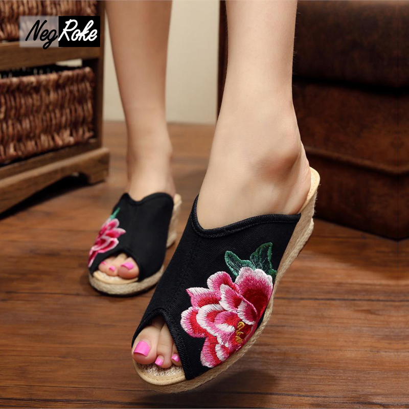 Fashion peep-toe embroidery shoes women sandals wedges flip flops womens slides Summer with flowers ladies high heel slippers women sandals 2017 summer shoes woman flips flops wedges fashion gladiator fringe platform female slides ladies casual shoes