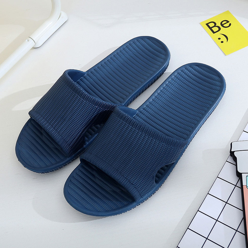 2018 Men Stripe Flat Bath Slippers Summer Sandals Indoor & Outdoor Slippers Casual Men Non-Slip Flip Flops Beach Shoes Size40-45 men s slippers beach sea leisure shoes non slip bottom of the massage indoor and outdoor take a shower sandals hot selling