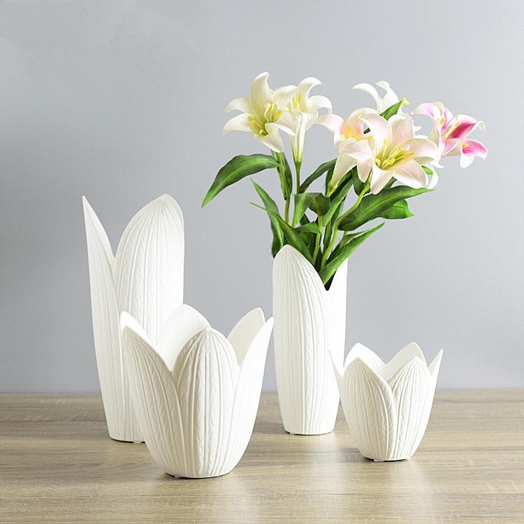 Creative White Ceramic Vase Petals Shaped Porcelain Vase