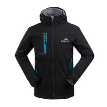 Outdoorová větru a vodě odolná bunda s kapucí pro muže