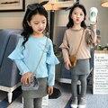 2 pcs, t-shirt + calças, nova chegada 2017 meninas conjuntos de roupas de primavera e outono moda patchwork manga flare crianças marca de roupas