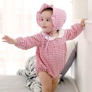 Image 2 - 2018 אביב בנות תינוק בגדי אביב סלעית סרבל כותנה Romper חליפת יילוד טיפוס תינוקת קיץ בגדים עם כובע