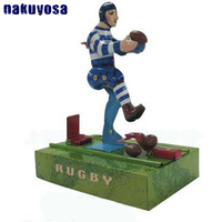 Metal Tin man Playing Football Mechanical Toy Collection Retro Nostalgic Metal Tin Toy Birthday Gift