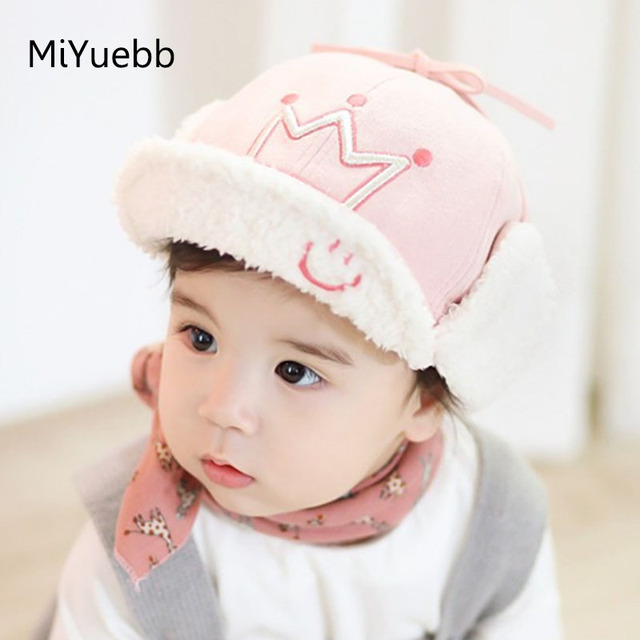 9 months to 4 years old baby baby boys and girls plus Ronglei Feng ear hats  baby warm winter bows Five-pointed star crown 2mz13 c5656cb7609