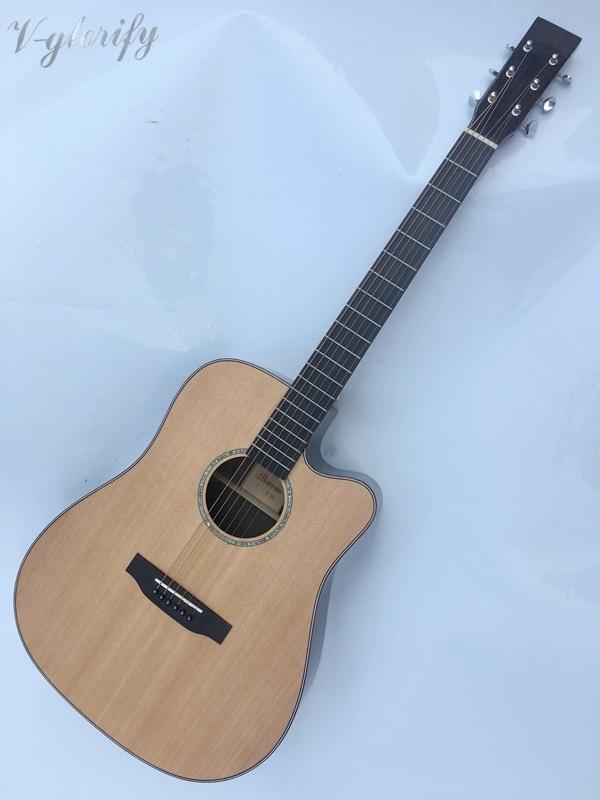 Guitare acoustique électro en forme de tête Mtin de bonne qualité avec étui