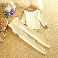 Трикотажный костюм в белом цвете