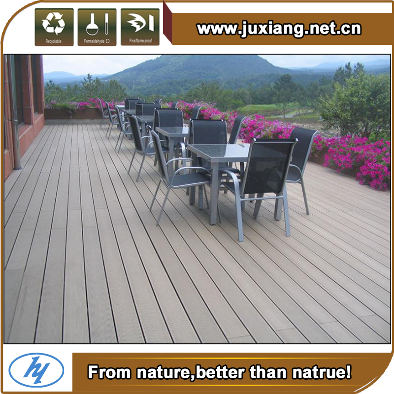 White Antiseptic Wood Plastic Composite Decking Waterproof Laminate