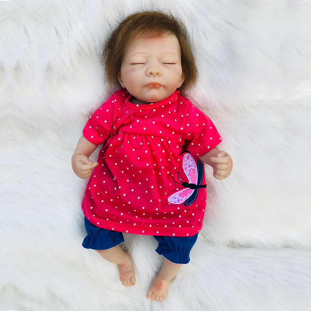 Reborn Poupée Réaliste Souple En Silicone Reborn Baby Dolls Vinyle Jouets Grand Poupées Pour Girlls Bébé D'anniversaire Poupées Avec Rouge Chiffons