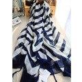 2016 Venta Caliente marca de moda bufanda de algodón negro y blanco con borla azul estampado de rayas 100% Algodón mantón de la bufanda para las mujeres del verano