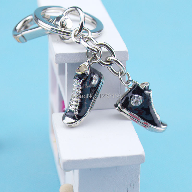 Metal key chain Holiday gift Valentine's day Mother's day Christmas gift Stainless steel mini shoes key chain wholesale