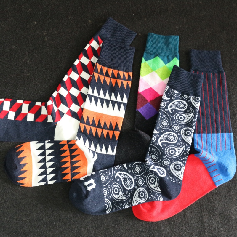 1 Pair Fashion Men Women  Multi Color Striped Argyle Pattern Socks Casual Spring New Style Socks SYT9298