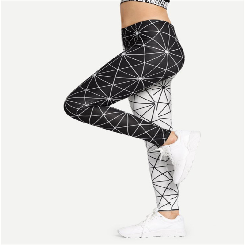 Summer hot new fashion  black and white star nine points leggings breathable slim high waist casual women