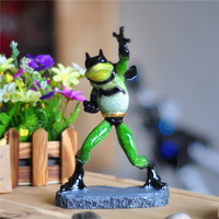 Creative Batman Figurine Handmade Polyresin Cartoon Frog Sculpture Movie Hero Character Decor Handicraft Ornament Accessories