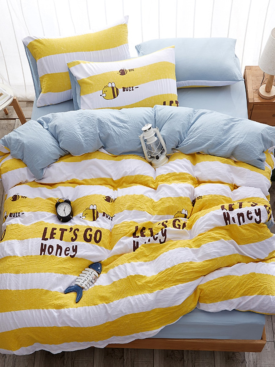 4 Pcs Duvet Cover Set Cartoon Pattern Letters Printed Cozy Bedclothes Set 4 Pcs Duvet Cover Set Cartoon Pattern Letters Printed Cozy Bedclothes Set