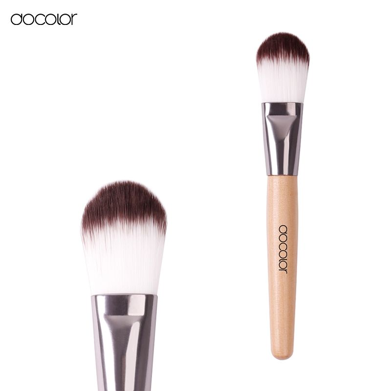 how to clean foundation brush daily