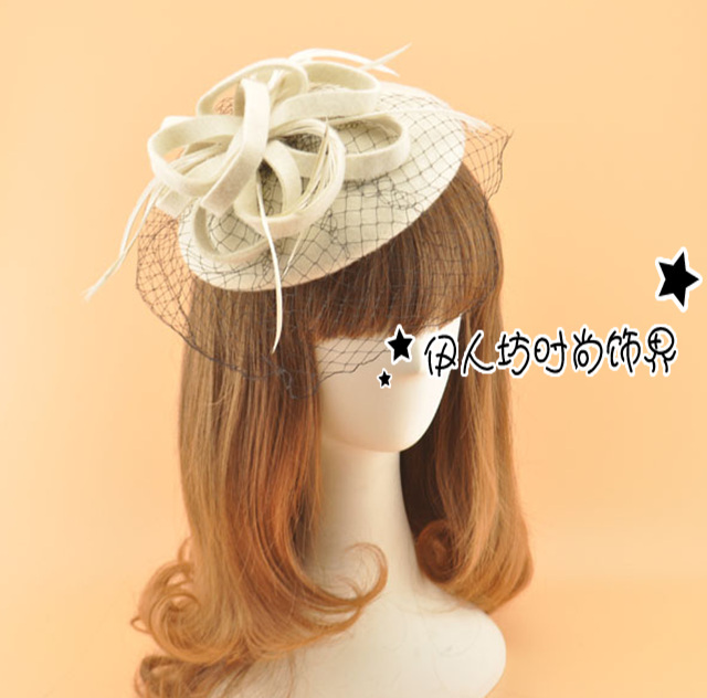 Retro Wool Wedding Hat Feather Women Hat with Veils Wholesale Ladies Hair Accessories Party Hair Decoration French Beret Hat