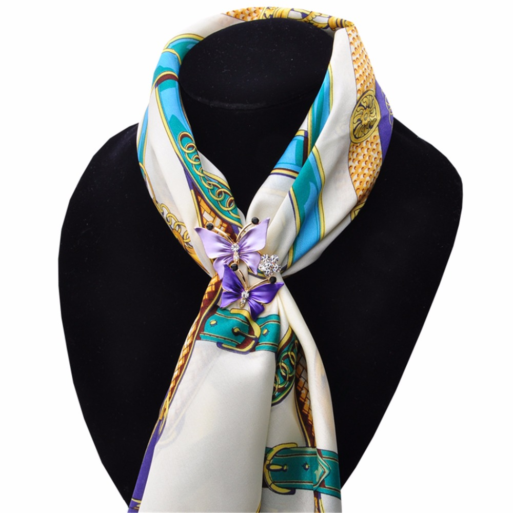 2016 New Factory direct sale wholesale Crystal butterfly scarf buckle Woman fashion scarves buckle brooch gif woman jewelry
