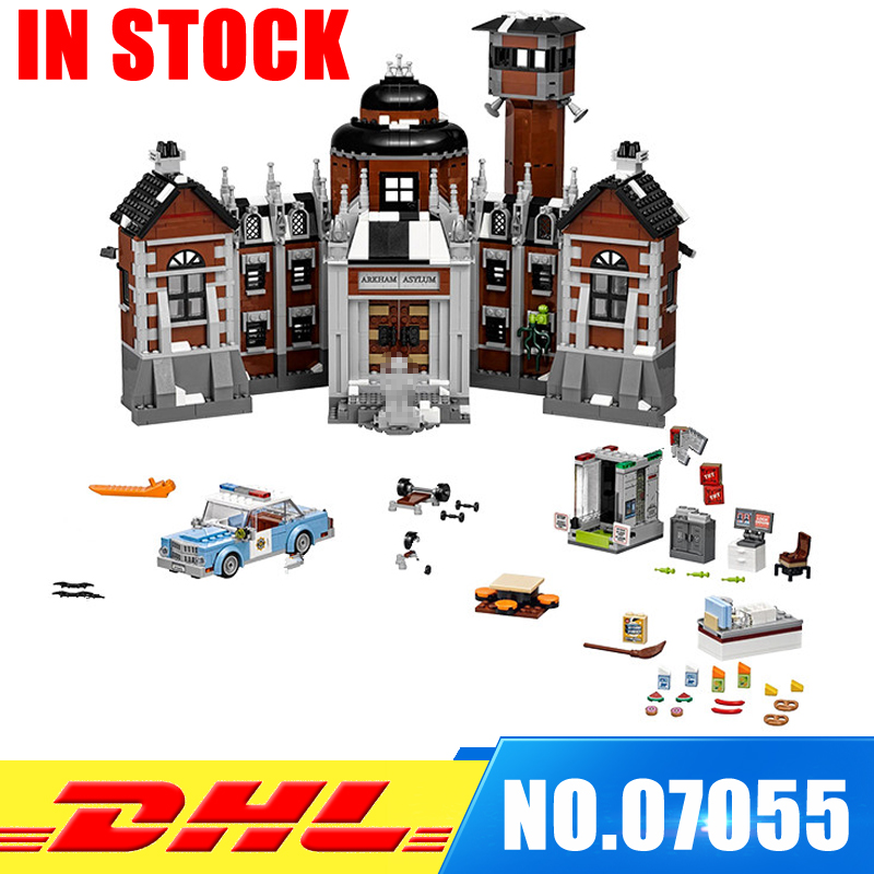 In Stock Lepin 07055 Genuine Batman Movie Series THe Arkham`s Lunatic Asylum Set Building Blocks Bricks Toys Model 70912 new 1628pcs lepin 07055 genuine series batman movie arkham asylum building blocks bricks toys with 70912 puzzele gift for kids