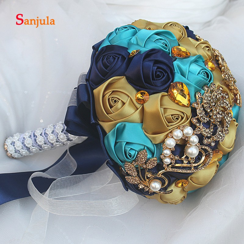 Купить с кэшбэком Navy Blue and Ivory Color Mixture Wedding Bouquet 2019 Newly Sparkle Crystals Gold Metals Wedding Accessories casamento WB15