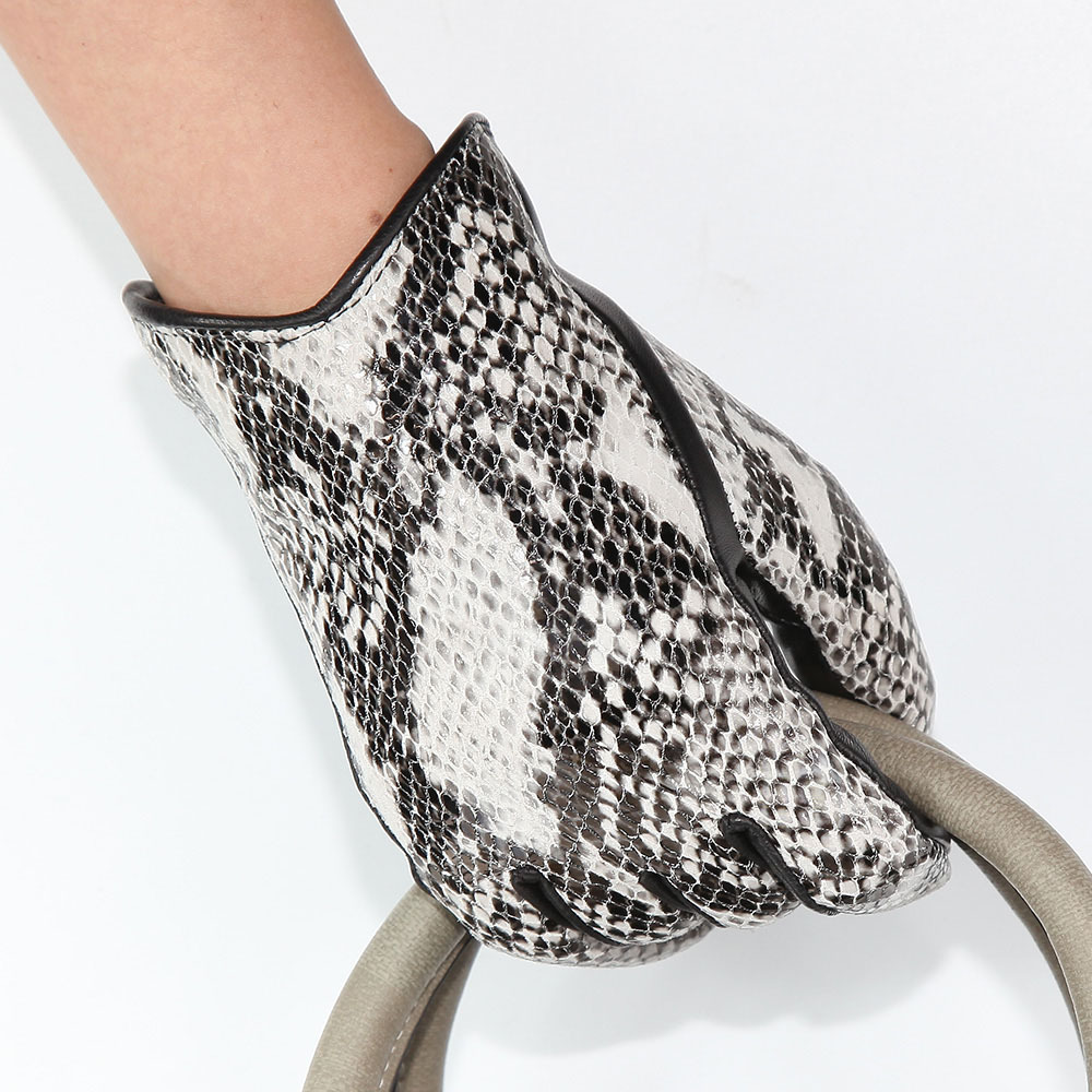 High Quality Female Python Snake Pattern Imported Lambskin Gloves Plus Velvet Thickening Driving Leather Gloves Woman DQ6116