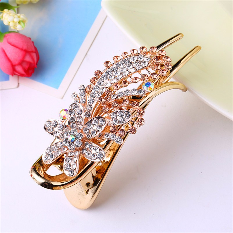 HTB1ZHxoNpXXXXamXpXXq6xXFXXXe Gorgeous Rhinestone Crystal Studded Flower Hair Clip Ornament For Women