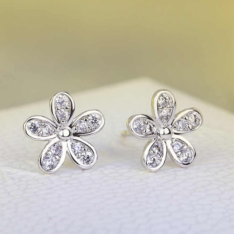 f21c91dcb ... Flower Design Authentic 925 Sterling Silver Dazzling Daisy Stud Earrings  With Clear CZ women wedding Jewelry ...