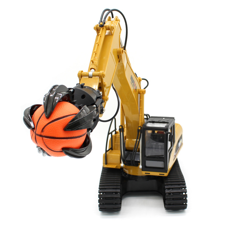 Boy Gift RC Toy Electric Catch Ball Mobile Machinery Truck 571 2.4G Large Remote Control RC Grip Ball machine Model With Ball