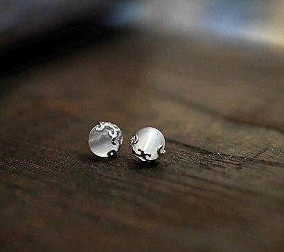 New Vintage Natural White Opal Pierced Earring 925 Sterling Silver Stud Earrings for Women Retro Diameter 10 5MM Cat Eye Pearl in Stud Earrings from Jewelry Accessories