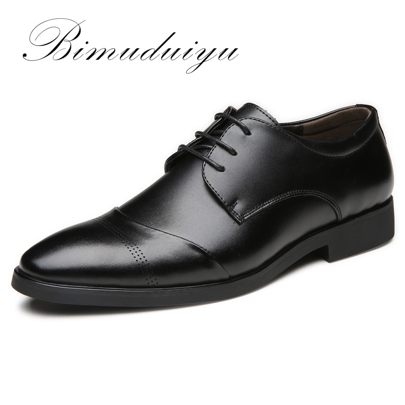BIMUDUIYU 38-47 High Quality Læder Kjole Sko Tide Pegede England Style Business Bryllup Formelle Flats Black Shoes For Men