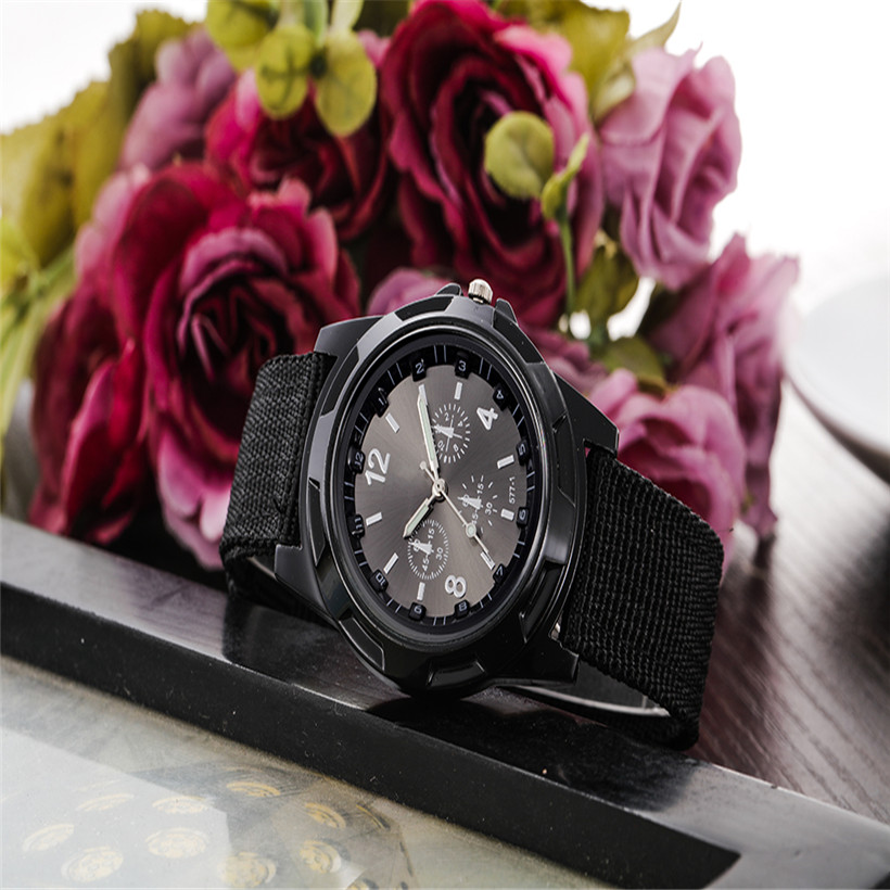 2017 Fashion Luxury Brand Military Men s Watch Quartz Clock Canvas Watch Men Sports Watches Army