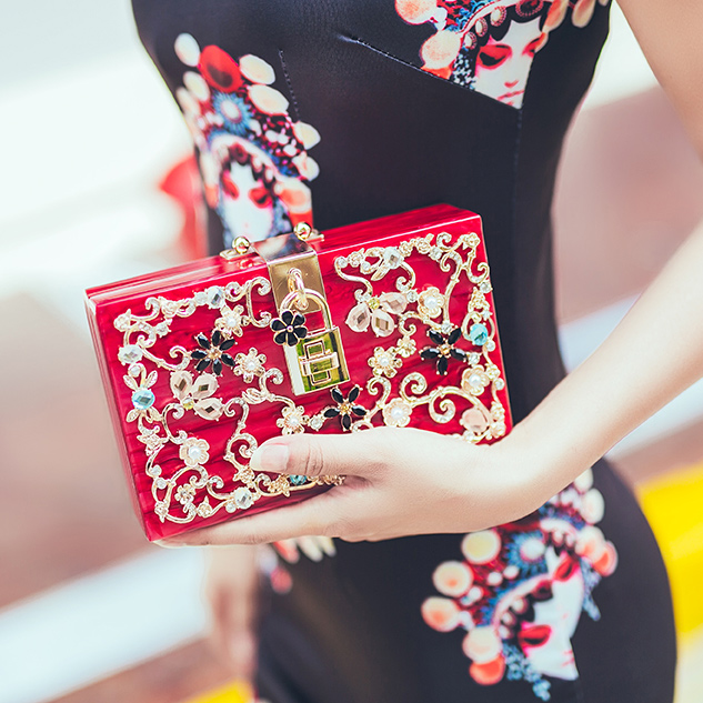 New Luxury high quality diamond carved hollow lock acrylic suede ladies party evening bag Clutch handbag shoulder bag flap purse luxury handbag evening bag diamond flower hollow clutch designer bag box relief acrylic banquet party purse women shoulder bags