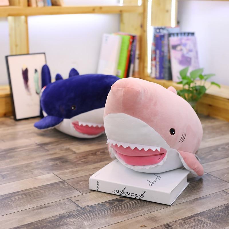 1 pc 75 cm doux dessin animé requin chaud repos bureau en peluche coussin + couverture en molleton de corail haute qualité en peluche jouet cadeau romantique
