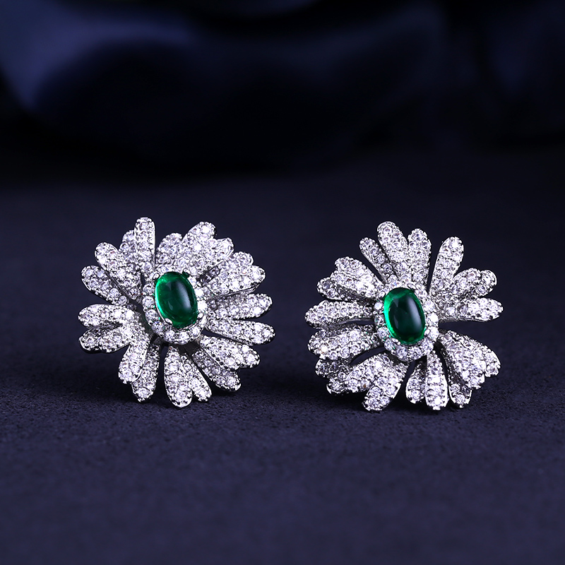 2018 better New flower shape and Cubic Zircon stud Earrings for Women gift for free shipping chic ellipse shape faux gem flower earrings for women