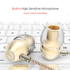 Image 4 - مذهلة HD صوت سماعات مع مايكروفون المعادن سماعة رأس جهيرة الصوت 3.5 مللي متر مطلية بالذهب جاك العالمي للهواتف الذكية أقراص MP4 uiasii HM7