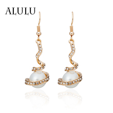 ALULU Romantic Pearl Female Drop Earrings Rhinestone Spiral Dangle Earring Plated Gold/Silver Long Earrings For W Brincos